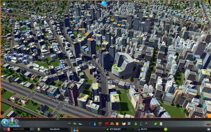 Cities Skylines with the graphic settings detaills on low.